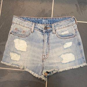 ✨BDG High Rise Dree Cheeky Shorts Sz 26✨